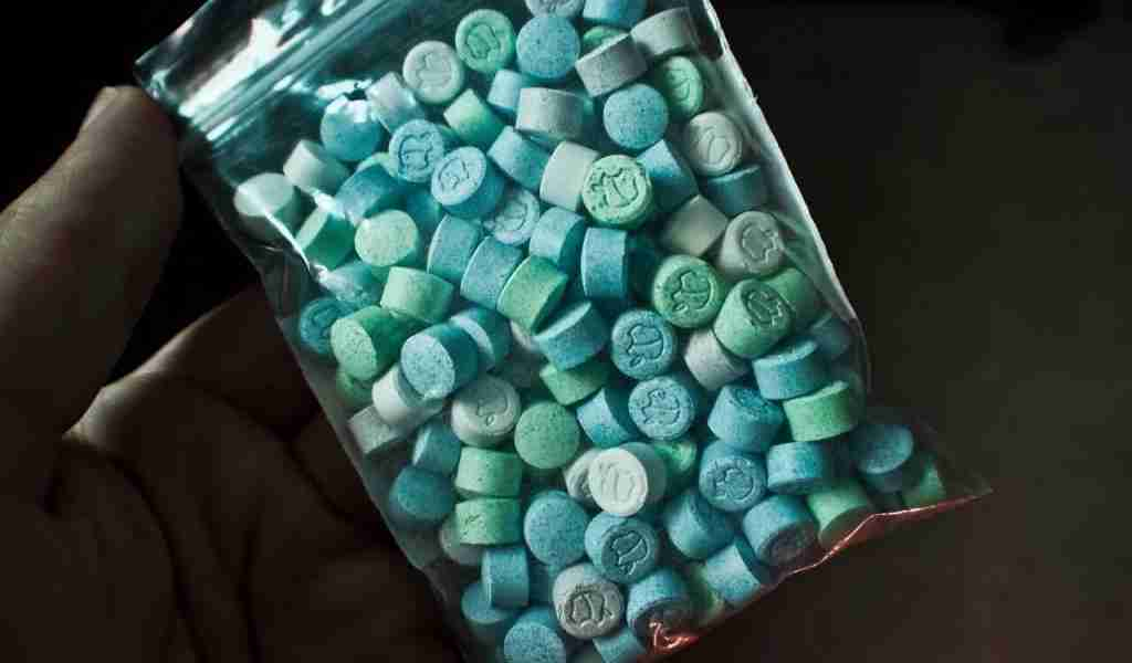 Сколько стоят наркотики: высокая цена зависимостиСколько стоят наркотики: высокая цена зависимости